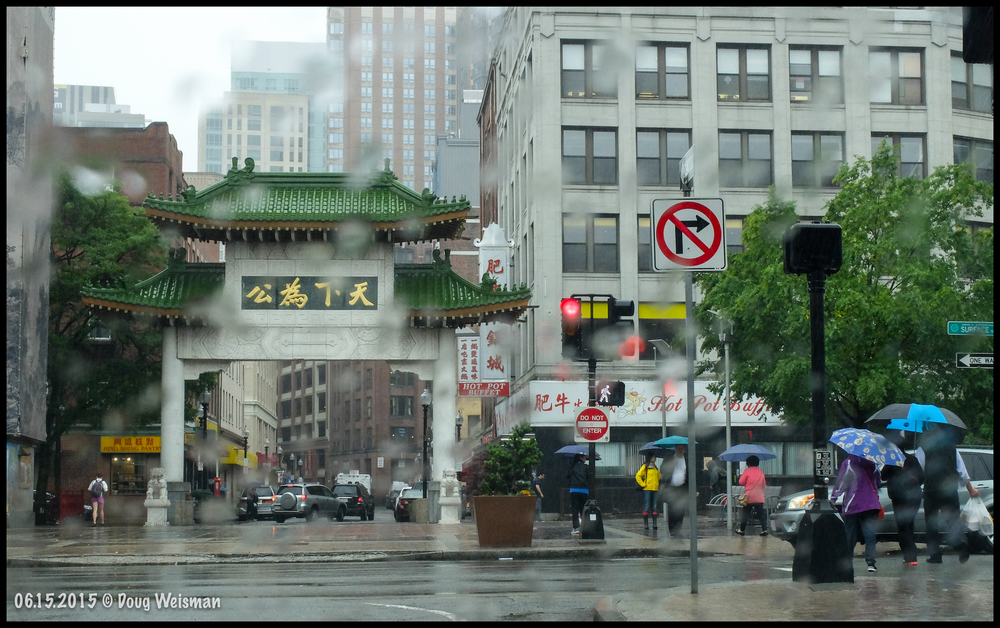 Chinatown welcomes you...even in the rain!