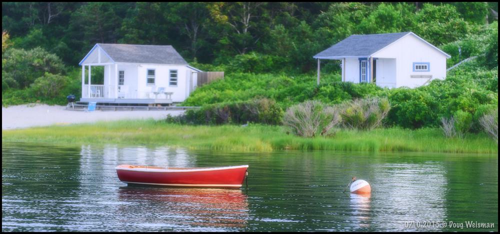 Lone dinghy.