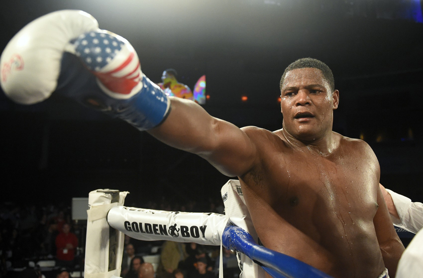 Luis Ortiz looks to have a big impact in boxing in 2016 Photo Credit: Naoki Fukuda