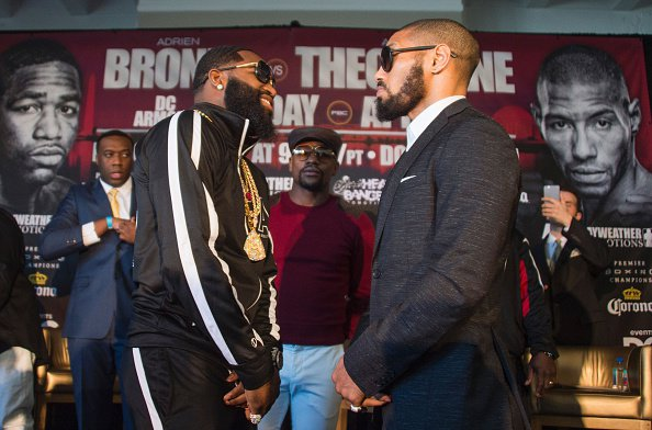 Adrien Broner and Ashley THeophane come face to face at the Press conference to promote their upcoming fight April 1st. Photo credit: Stephanie Trapp / Mayweather Promotions / Premier Boxing Champions