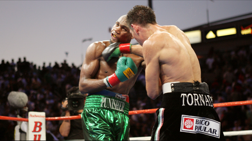 Antonio Margarito lands a right hand on Paul Williams in their 2007 WBO welterweight title fight. Photo: HBO Sports