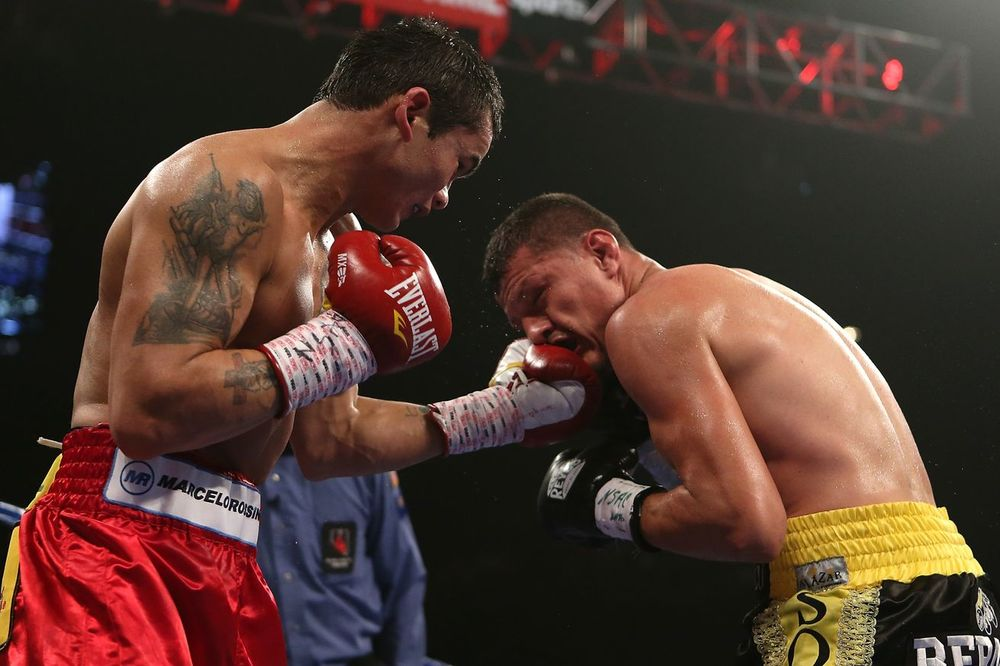 Marcos Maidana with a little left hand on Soto Karass. Photo: Getty Images