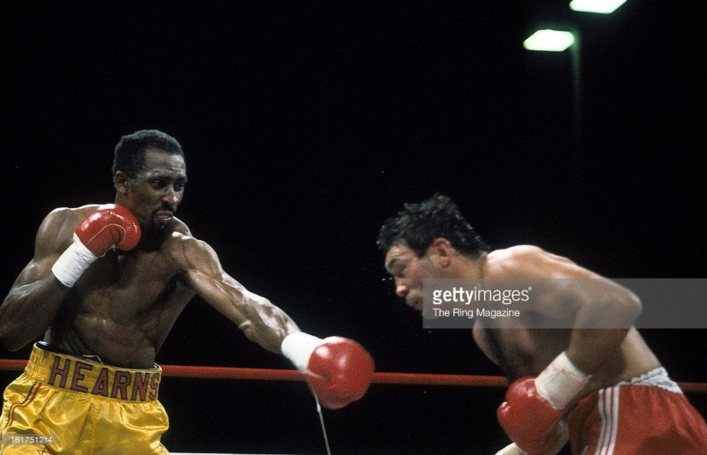 Thomas Hearns lands a left hand on Juan Domingo Roldan. Photo: The Ring Magazine/Getty Images