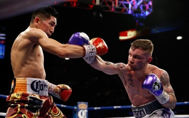 All action rematch between Car Frampton and Leo Santa Cruz. Photo Credit: STEVE MARCUS/GETTY IMAGES