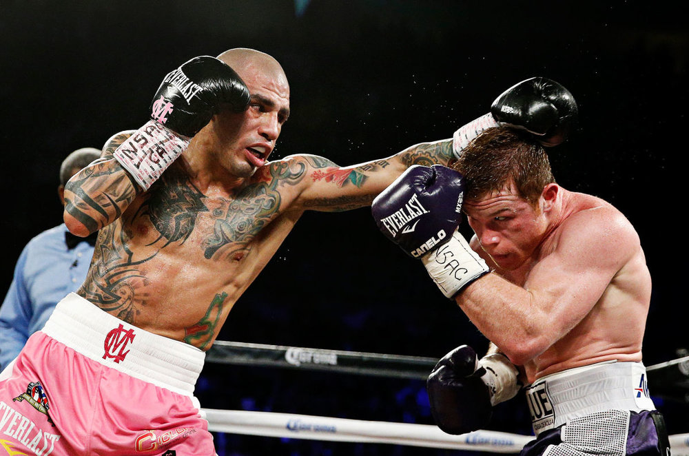 Miguel Cotto in his last fight against Canelo Alvarez in November 2015. Photo: John Locher/AP