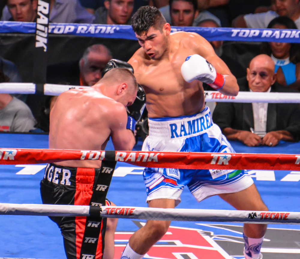 Coming off a long layoff, Gilberto Ramirez returns with a big win over Max Bursak. Photo credit: Cynthia Saldaña/Frontproof Media