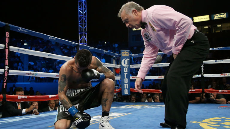Lucas Matthysse suffered an injury to his left eye in his fight with Viktor Postol in October 2015. Photo: Jeff Gross/Getty Images