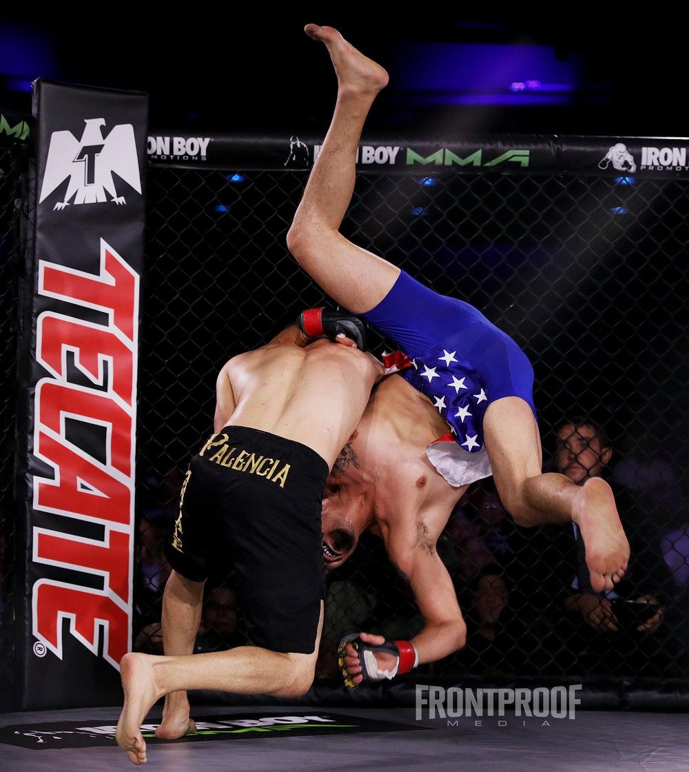 Jose Palencia wins via  unanomous decision over Joey Travino.Photo: Kelly Owen / Frontproof Media