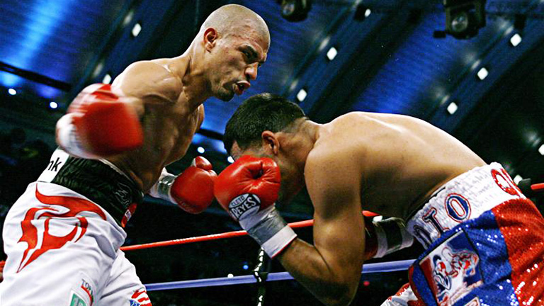 Miguel Cotto stopped Carlos Quintana to win the vacant WBA welterweight title in his first fight at welterweight. Photo: Jeff Zelevansky/Reuters/Action Images