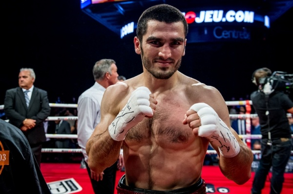 Artur Beterbiev is a  wildcard  in the division. Photo Credit  :  Vincent Éthier