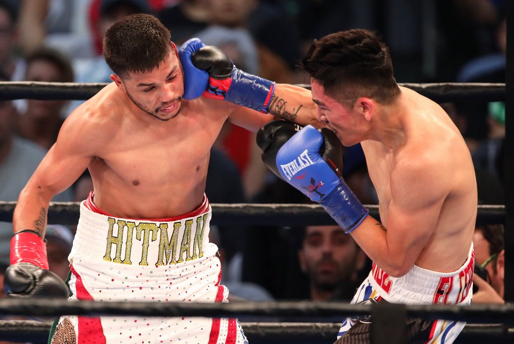 Leo Santa Cruz stops Chris Avalos in eight rounds at the StubHub Center in Carson, California. Photo credit: Kelly Owen / Frontproof Media
