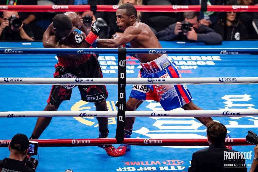 WBA 154-pound Champion Erislandy Lara won a wide unanimous decision over Terrell Gausha. Photo: Douglas Defelice/  Frontproof   Media