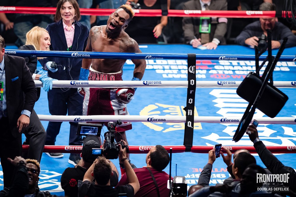 Jermell Charlo looks out in the crowd after knocking out Erickson Lubin. Photo: Douglas Defelice/  Frontproof   Media