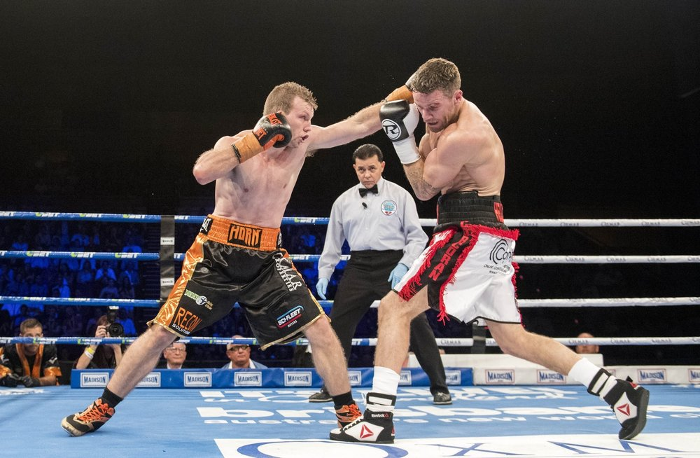 Jeff Horn lands a jab on Gary Corcoran. Photo: Top Rank Boxing