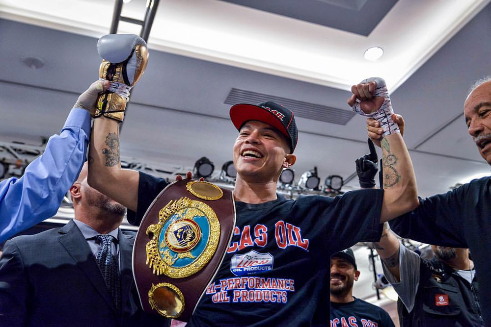 Roberto Arriaza wins the WBO Inter-Continental welterweight title by stopping Sammy Valentin in the first round. Photo: Joseph Correa/   Frontproof   Media