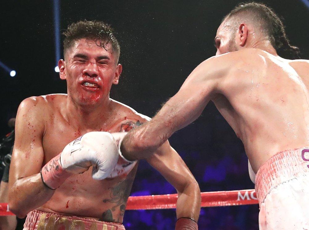 Jose Pedraza lands a left hand on Antonio Moran. Photo: Top Rank Boxing