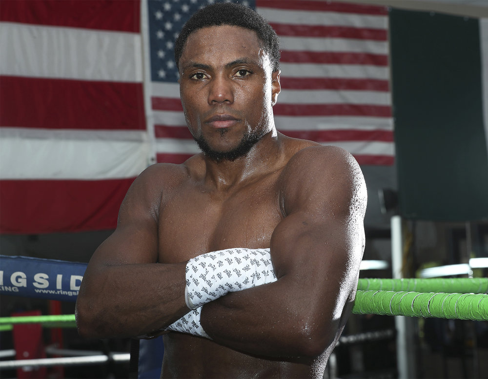 Alexis Angulo: Photo: Mikey Williams/Top Rank