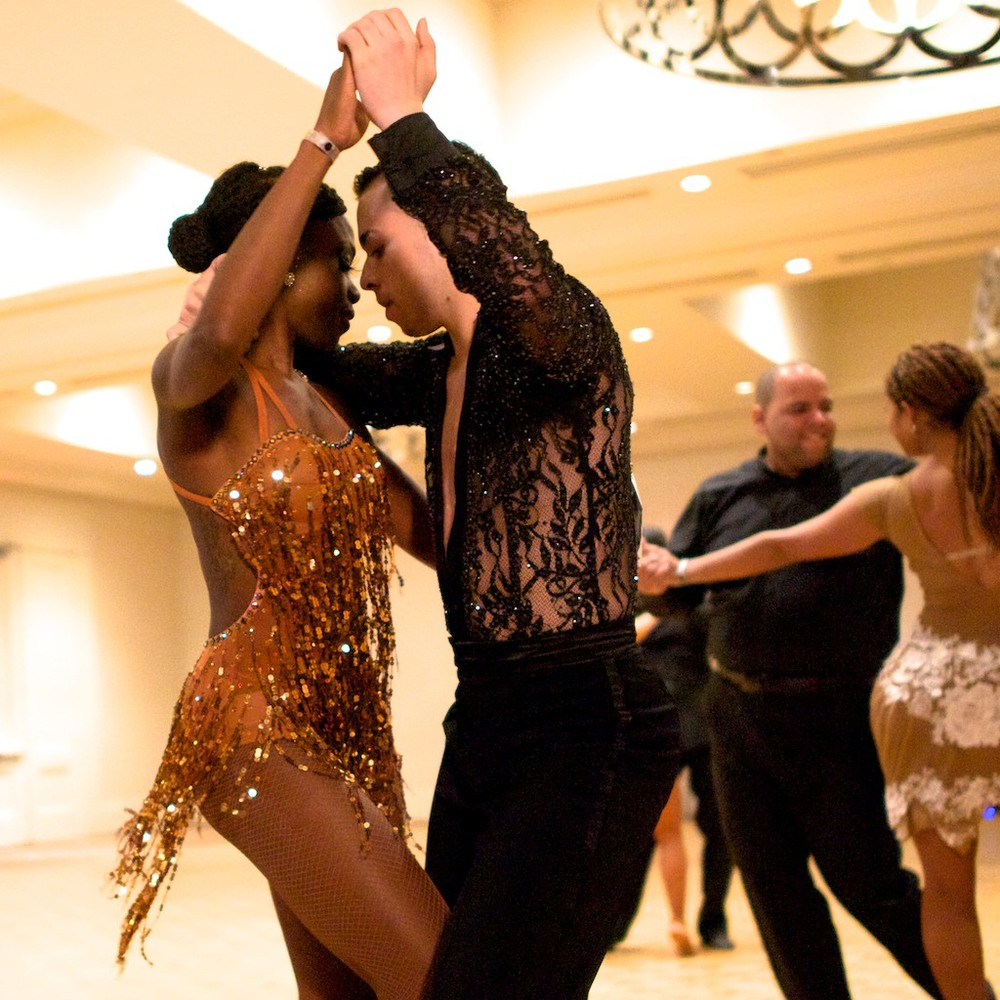 THE 11th ANNUAL   CANADIAN SALSA & BACHATA CHAMPIONSHIPS   PROFESSIONAL, AMATEUR, TEAM & PRO-AM DIVISIONS