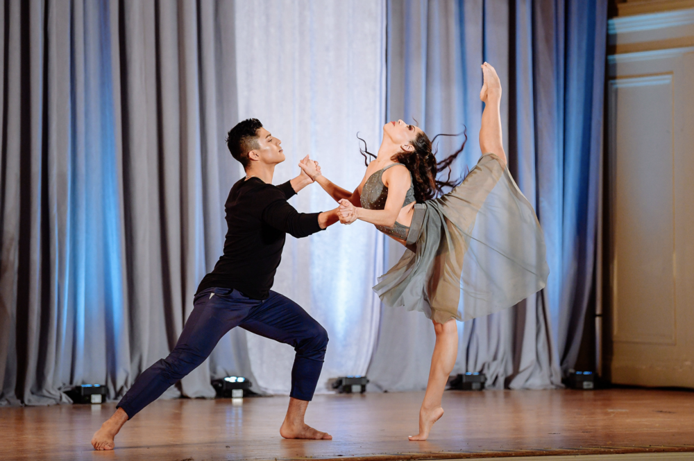 PERFORMANCES   60 DANCE COMPANIES FROM AROUND THE WORLD