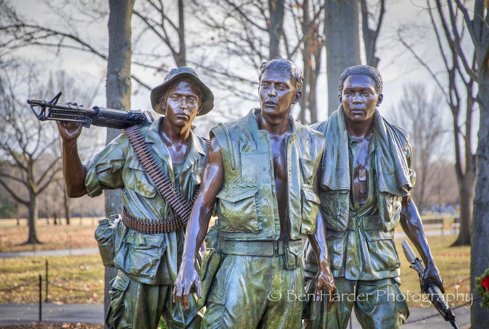 Vietnam Soldiers Memorial Statue