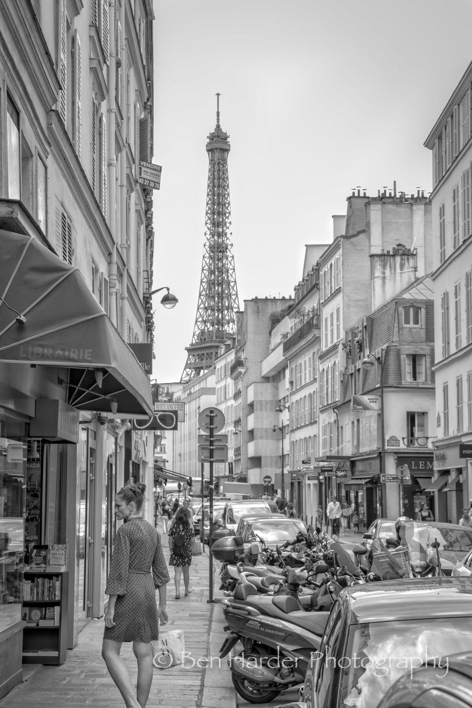 Paris BW-3.jpg