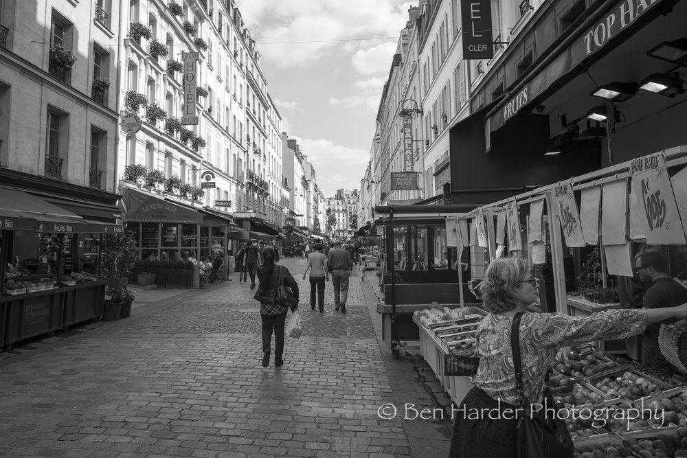 Paris BW-14.jpg