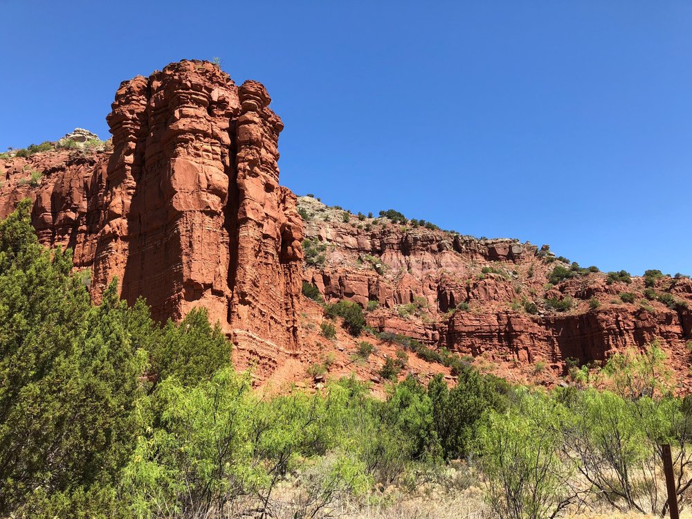 Rock formations along Upper Canyon Trail