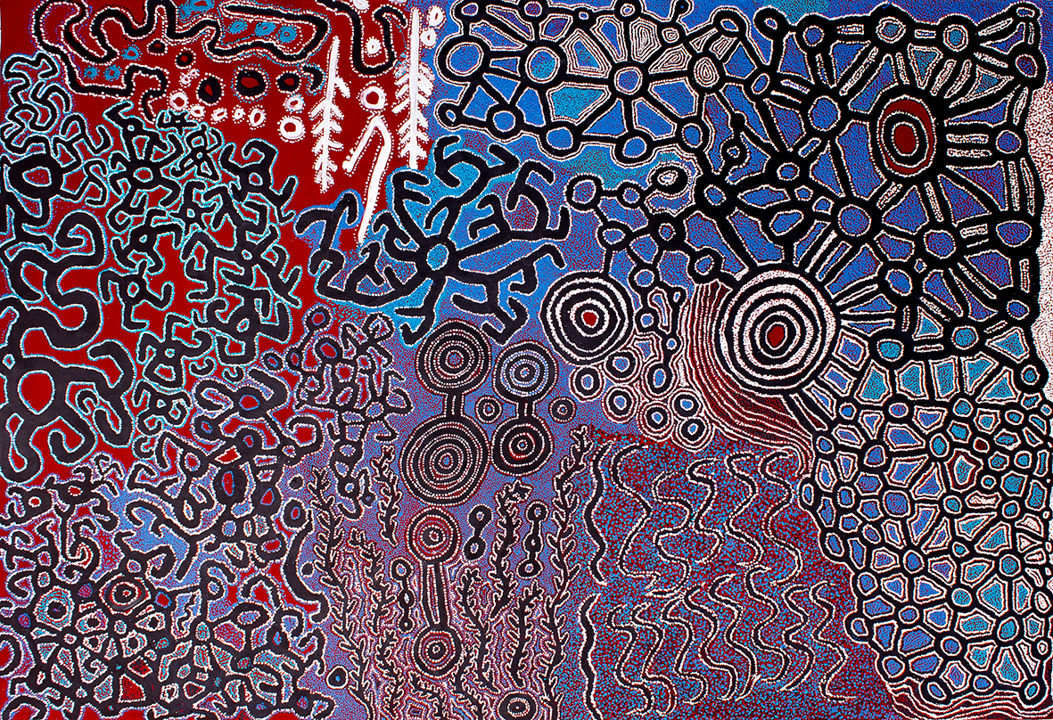 Titre : Pila Ngura, sites sacrés et pistes chantées majeures du Temps du Rêve (Tjukurpa), 2016. Acrylique sur toile. Format : 290 x 200 cm. Provenance : Spinifex Art Project ; Ilkurlka et Tjuntjunjara Community. Œuvre magistrale collaborative des hommes du Spinifex Art Project © Photo : Aboriginal Signature with the courtesy of the artists Fred Grant, Roy Underwood, Lawrence Pennington, Ned Grant, Ian Rictor, Patju Presley, Winmati Roberts et Simon Hogan.