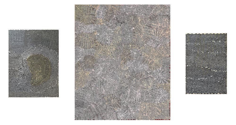 Trois œuvres de l'artiste Bobby West Tjupurrula, 122 x 91 cm à gauche. 185 x 152 cm au centre, 91 x 61 cm à droite. Provenances : Papunya Tula Artists. © Photo : Aboriginal Signature • Estrangin gallery with the courtesy of the artist.
