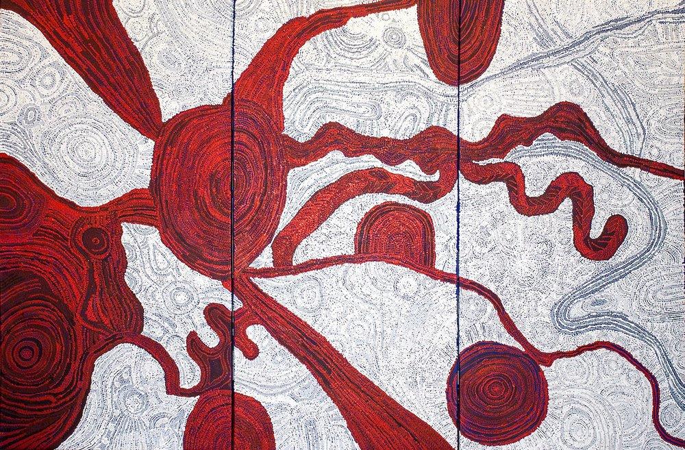 Artiste : BETTY KUNTIWA PUMANI. Titre : Antara - Dreaming Time Stories. 2016. Provenance : Mimili Maku art center, APY lands, Australie. Format : 3 panneaux de 75 x 150 cm © Aboriginal Signature • Estrangin gallery, avec l'autorisation de l'artiste et du Mimili Maku Art Center