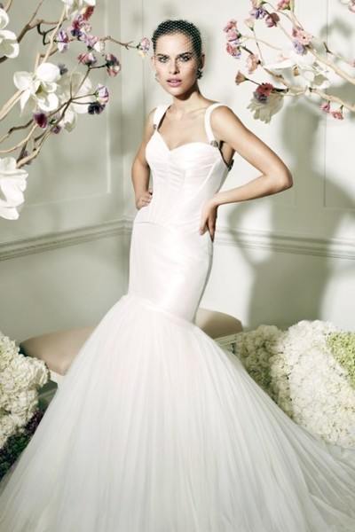 Truly-Zac-Posen-Davids-Bridal-BellaNaija-Weddings-03-400x600