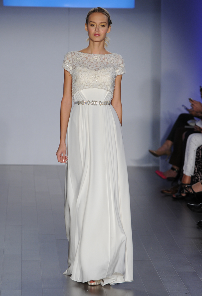 jim-hjelm-bateau-neck-wedding-dress-08