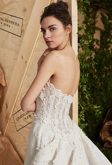 carolina-herrera-wedding-dresses-spring-2017-006.jpg
