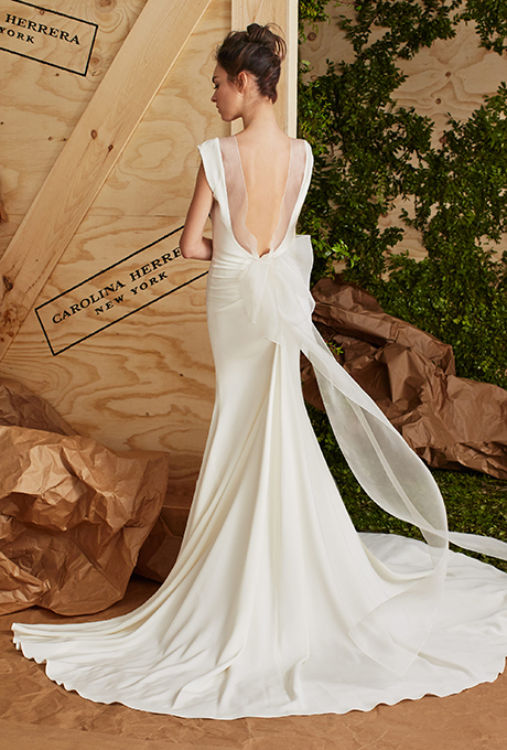 carolina-herrera-wedding-dresses-spring-2017-011.jpg
