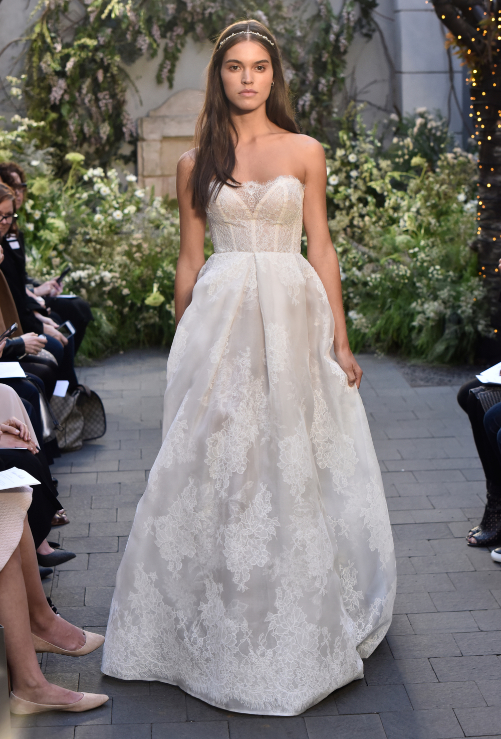 monique-lhuillier-bs17-15.jpg