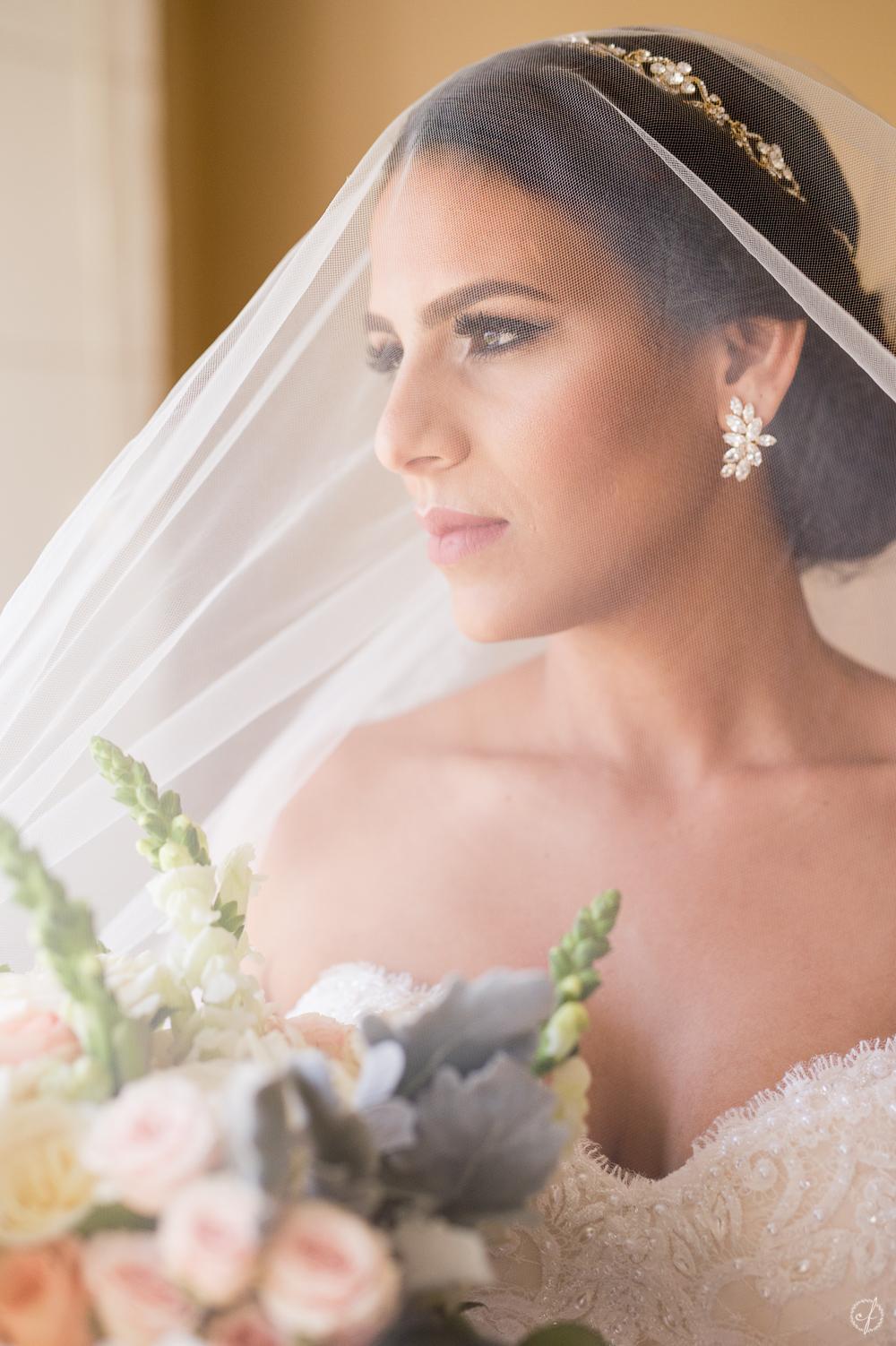 5-bridal-portrait-palmas-del-mar.jpg