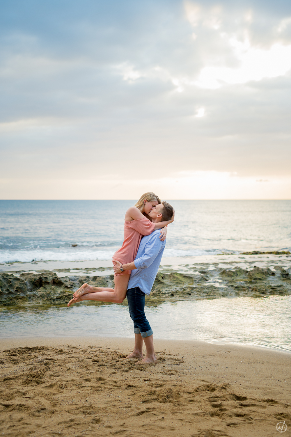 7-rincon-steps-beach-engagement-photo.jpg