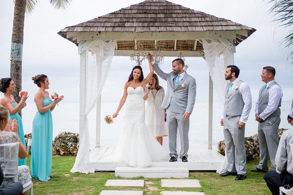 9-beach-wedding-photography-villa-montana-isabela.jpg