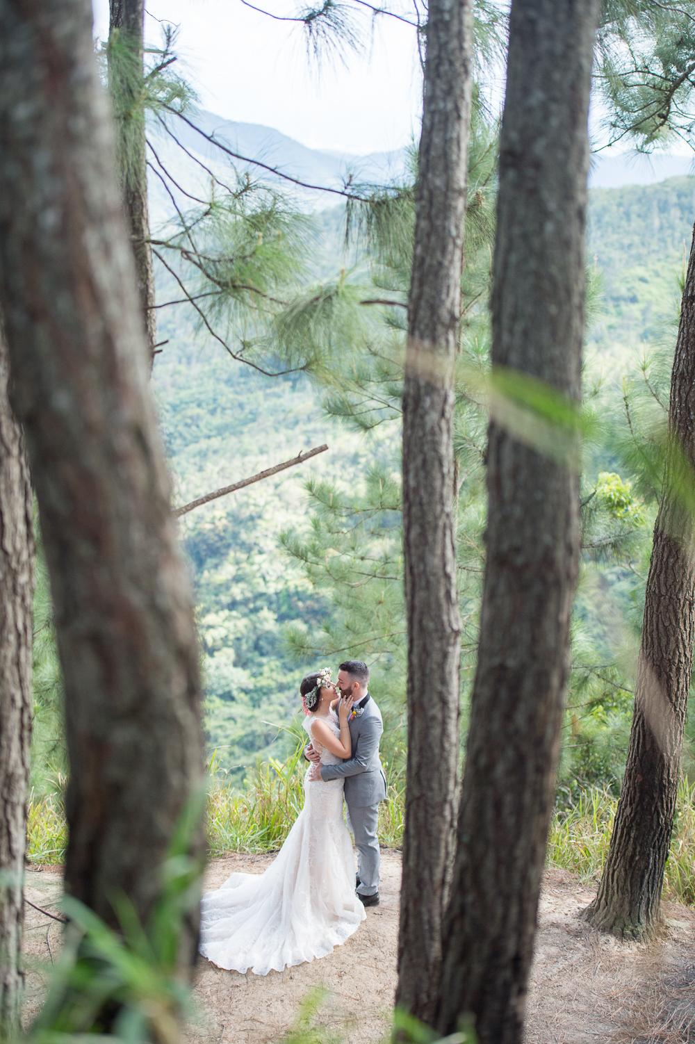 fotografia-bodas-puerto-rico-bosque-pinos-cayey-salinas-19.jpg