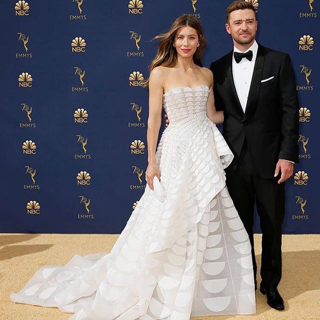 @jessicabiel brought all the bridal inspo to this years Emmy's in her stunning @ralphandrusso gown! Check out our insta stories for more bridal inspo from the red carpet! 👰🏼 . . . . . . #redcarpet#emmys#bestdressed#bridalinspo#weddinggown#puertoricowedding#puertoricobrides#orlandoweddings#orlandobrides#weddingdress#wedding
