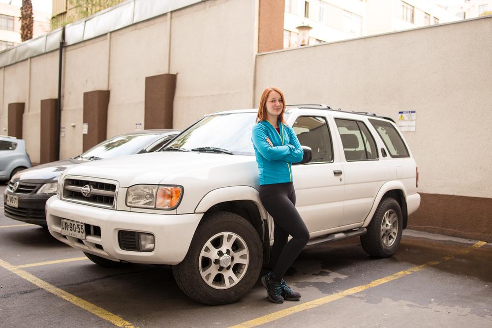 Janka proudly standing next to our sweet ride. Buen viaje! :)