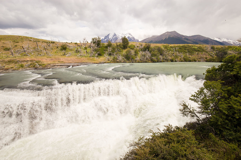 Wedding-Travellers-Overlanding-Destination-Wedding-Chile-Torres-del-Paine-waterfall