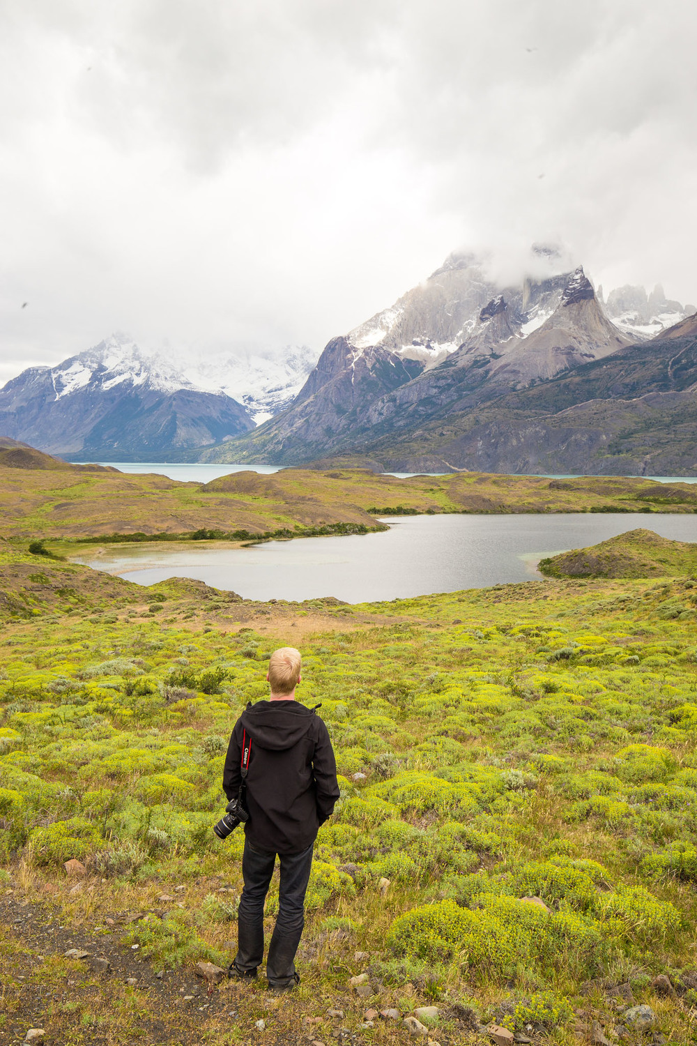 Wedding-Travellers-Overlanding-Destination-Wedding-Chile-Torres-del-Paine-mountain-lake
