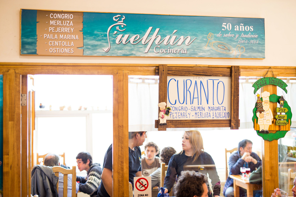 Wedding-Travellers-Destination-Wedding-Overlanding-Punta-Arenas-Chile-market-best-food-local-dish-cocineria-Puelpun-delicious-market