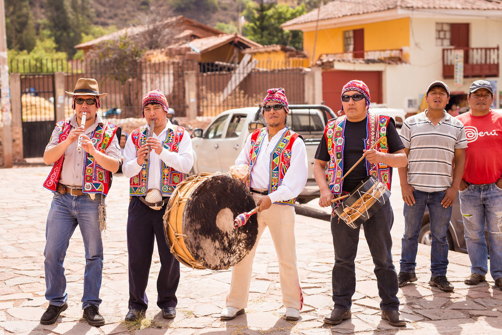 Wedding-Travellers-Destination-Wedding-Peru-Cusco-Hacienda-Sarapampa-Sacred-Valley-traditional-music-band