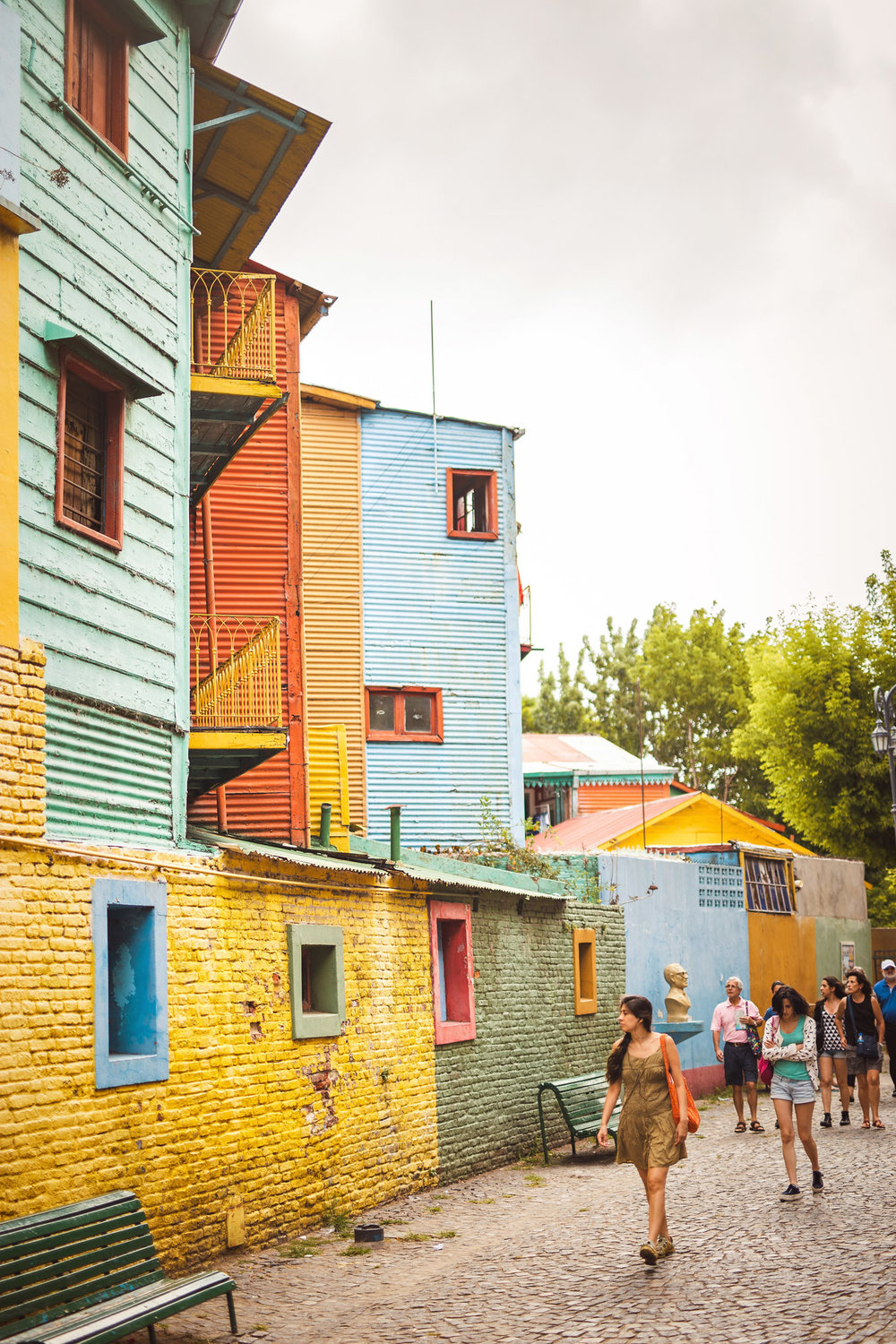 wedding-travellers-argentina-buenos-aires-la-boca-colorful-old-port