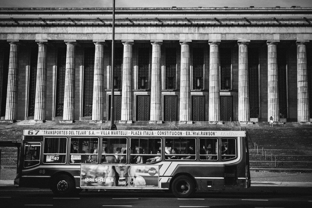 Wedding-travellers-Argentina-Buenos-Aires-Recoleta-law-school-university-pillars