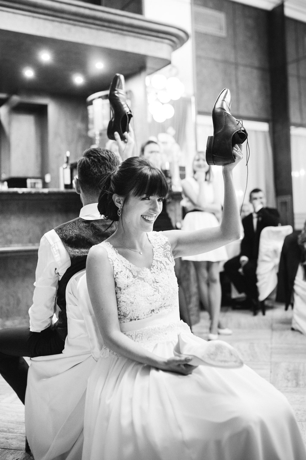 destination-wedding-photographer-slovakia-bratislava-bw-documentary-style-reception-1.jpg