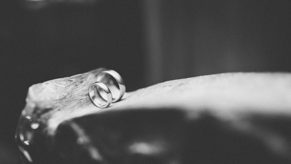 destination-wedding-photographer-slovakia-bratislava-bw-documentary-style-rings.jpg