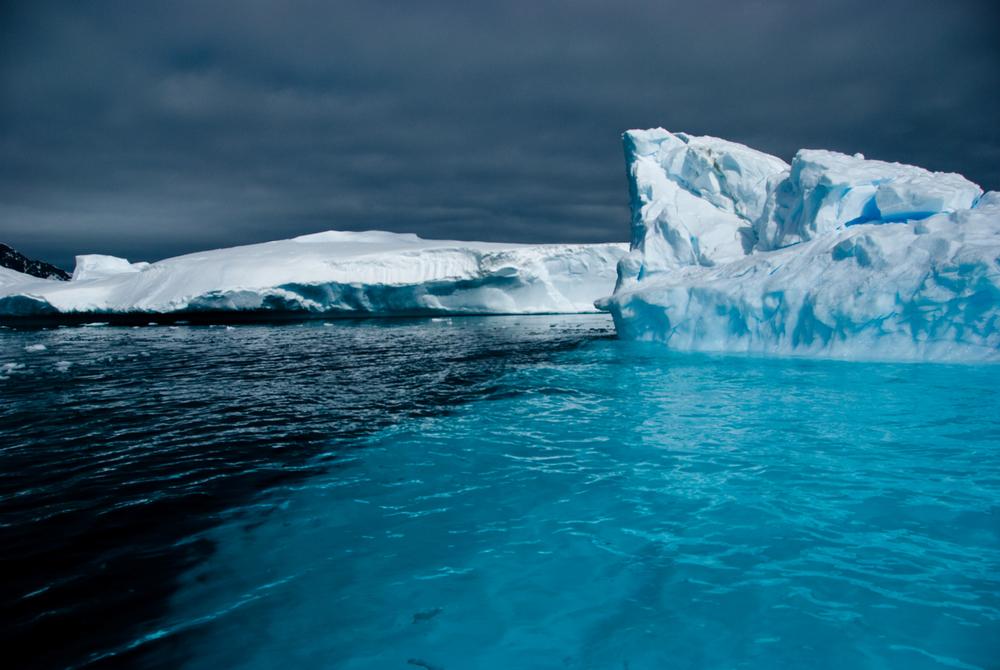 Julie-Jira_2015_PS_Antarctica-5.jpg